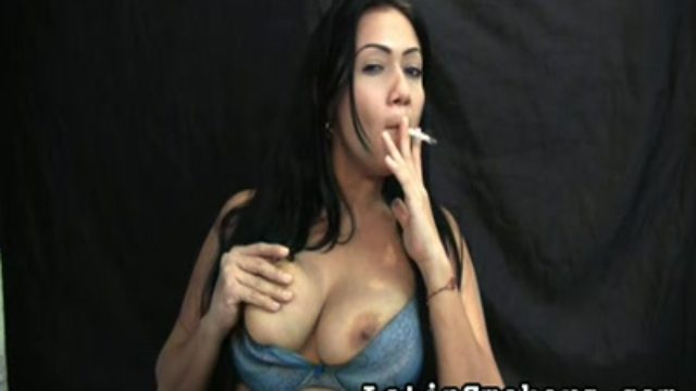 Big-chested Cougar Smoking Fetish Type