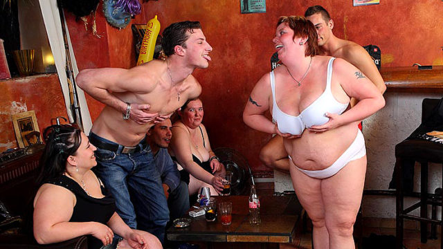 Gigantic Female Romp With Supreme Oral Activity