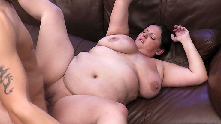 Bbw Ultra-cutie Snapped And Pummeled