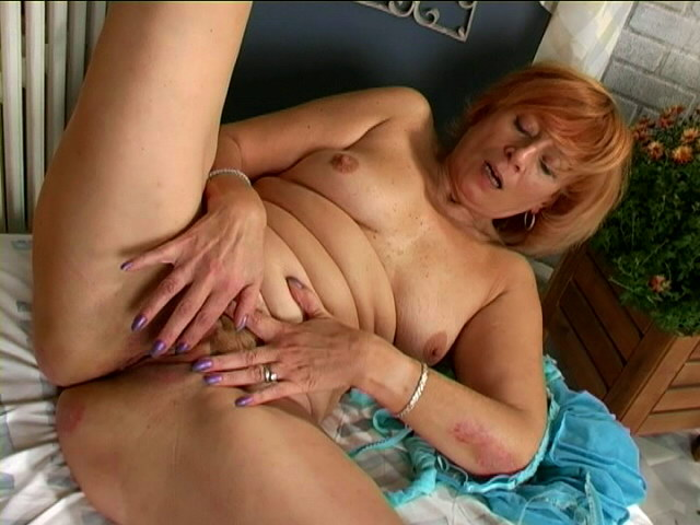 Seductive Sandy-haired Grannie Damsel Stroking Her Furry Gash Firm