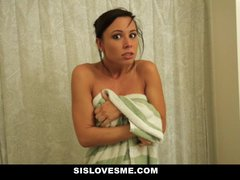 Sislovesme – Teaching My Nerdy Step Sis To Enjoy My Stiffy