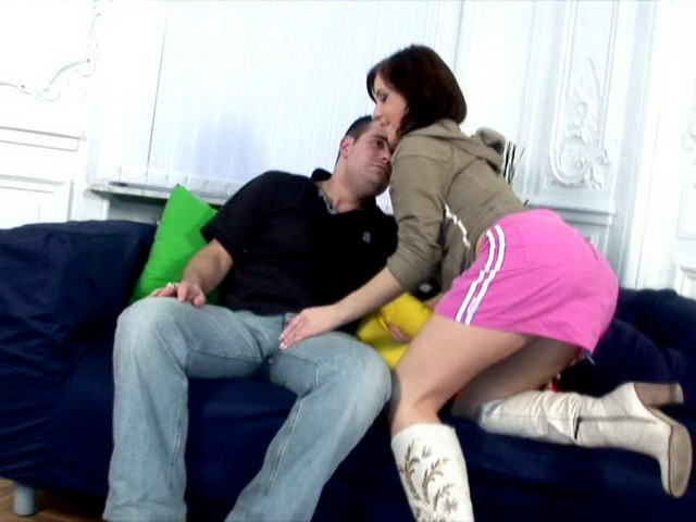 Brown-haired Russian Ultra-cutie Vicky Deepthroating A Giant Phallus With Eagerness