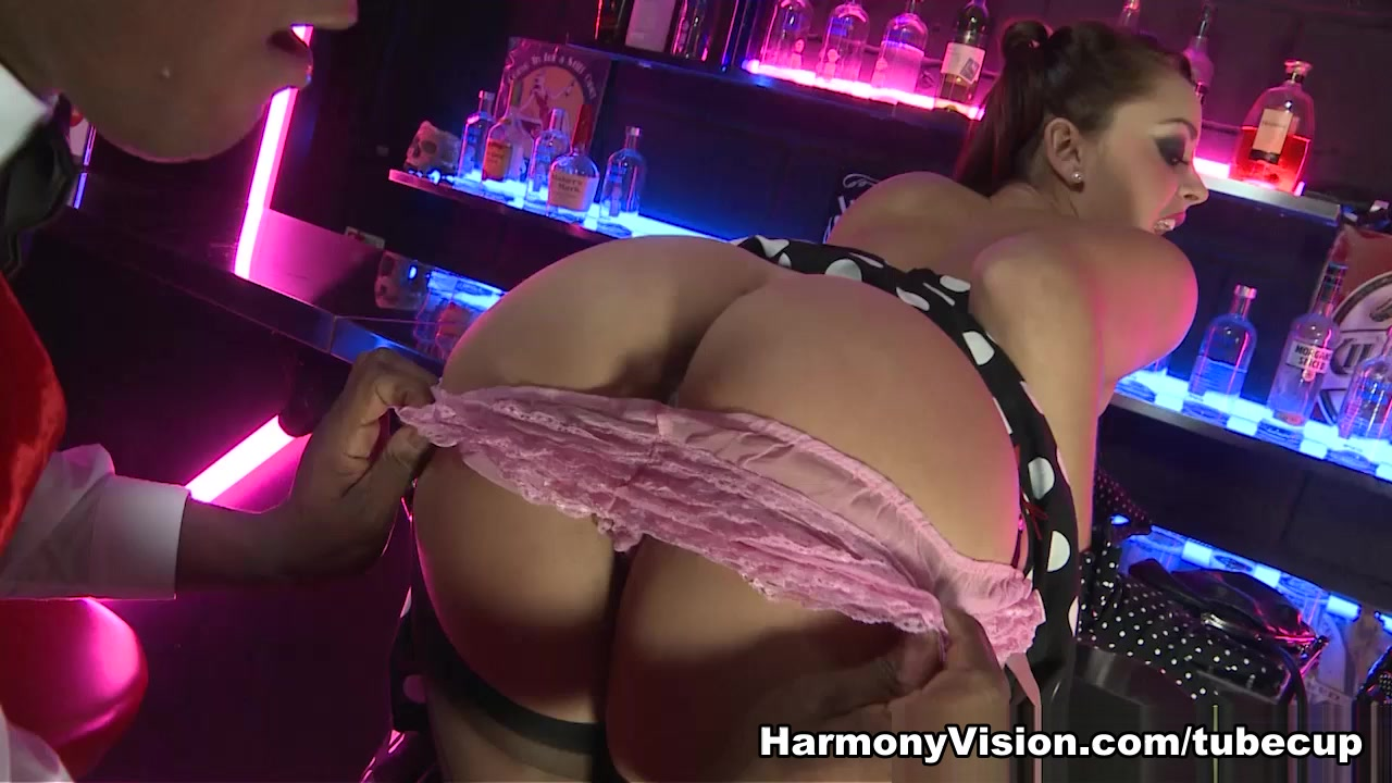 Liza Del Sierra In The Final Bar – Harmonyvision