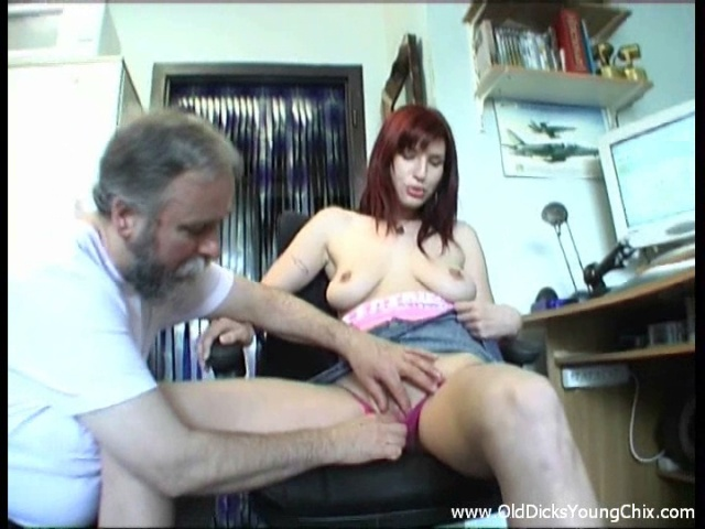 Older Guy Nails Nubile