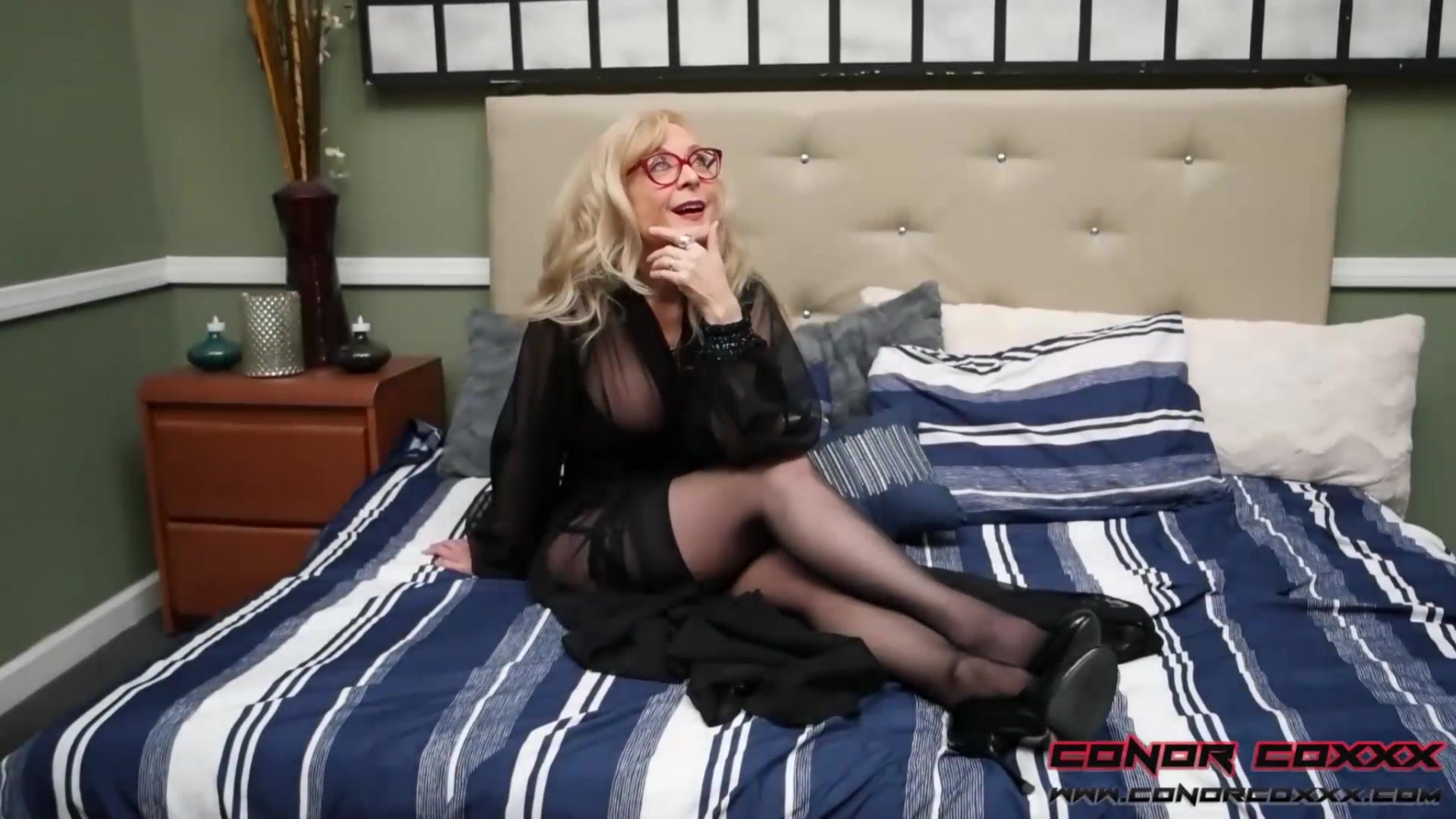 Conorcoxxx-scarcely Investigating With Nina Hartley