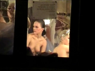 Spying Chicks – Bare Ballet Behind The Scenes Undercover Agent Web Cam